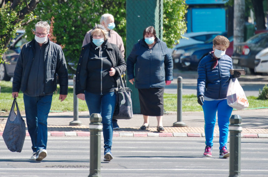 Las mascarillas dejarán de ser obligatorias el día 26 de junio en exteriores