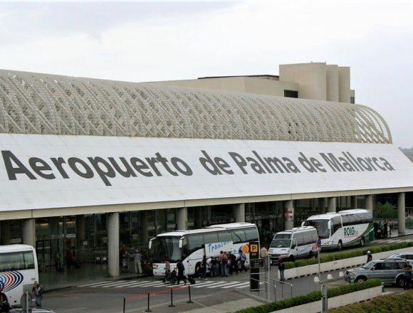 El Gobierno suprime desde este viernes la limitación de acceso a las terminales de los aeropuertos