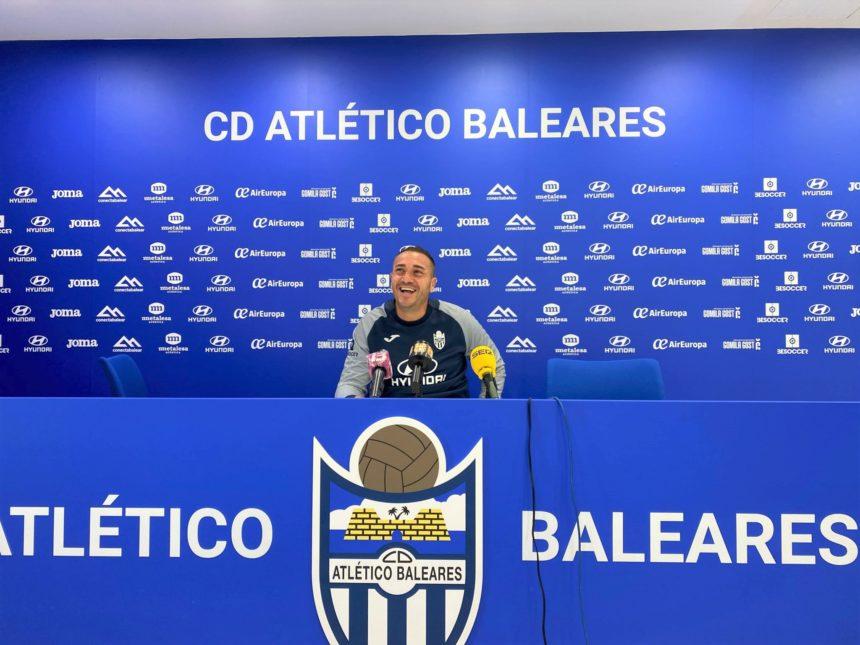 El Atlético Baleares vuelve el domingo a la competición tras superar su particular pandemia