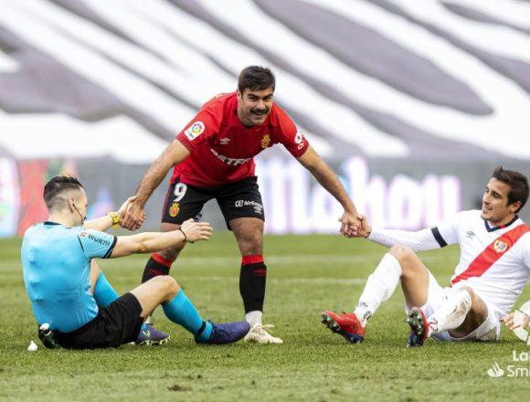 El RCD Mallorca vuelve al coliderato de Segunda tras su victoria y el tropiezo del Espanyol