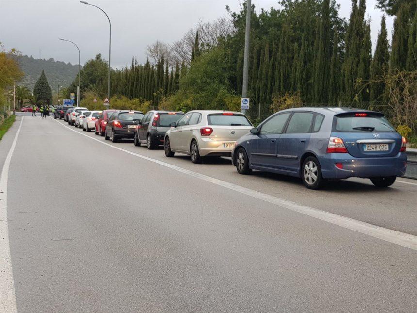 Las protestas en la UIB por Pablo Hasél generan más de un kilómetro de retenciones en la Ma-1110