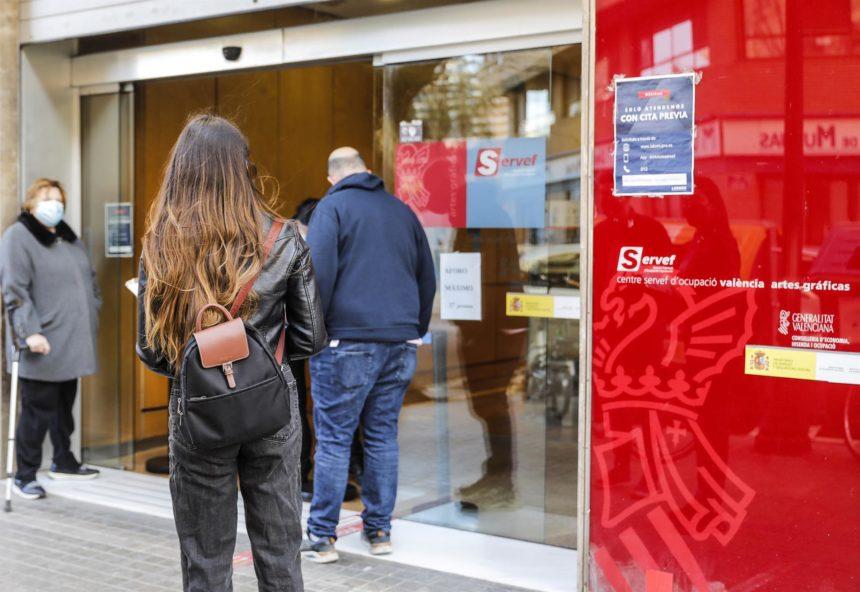 El paro baja en 16.200 personas hasta junio y se crean 60.300 empleos en Baleares