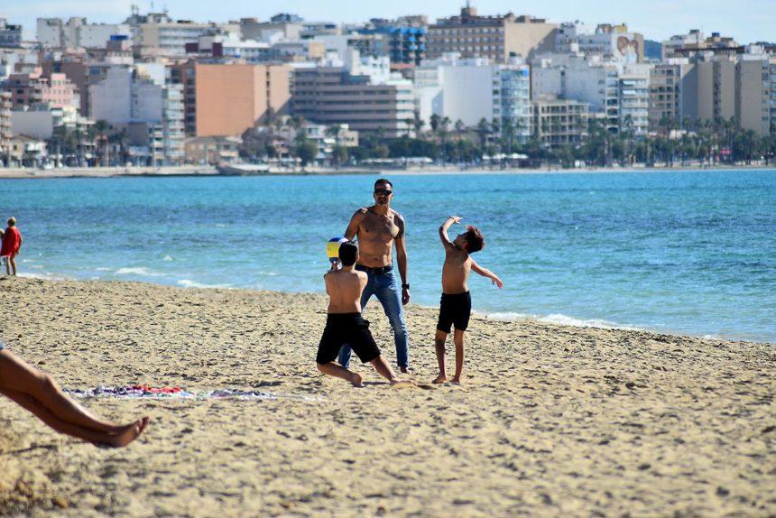 Baleares, tercer destino nacional con mejor percepción para viajar en verano, por detrás de Canarias y Andalucía