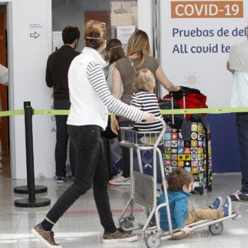 """Pimem lamenta que el certificado COVID anunciado por Bruselas para junio """"llega un mes tarde"""""""