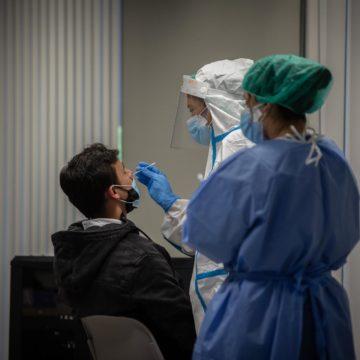 Baleares notifica 56 contagios, dos fallecidos y alcanza las 263.000 dosis administradas