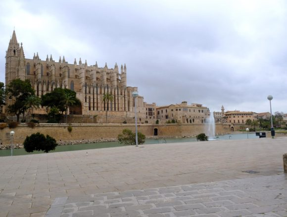 La Catedral de Mallorca ofrece a partir de este lunes visitas libres a sus terrazas
