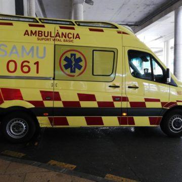 Herido grave tras chocar con su patinete eléctrico con un pilón metálico en El Molinar