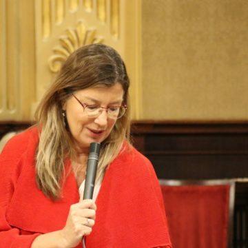 Gómez asegura que la demora de atención al paciente ha descendido 15 días en un año «en plena pandemia»