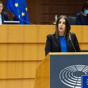 Homs defiende en el Parlamento Europeo la suspensión de las represalias de EEUU al sector del calzado, liderado por empresas de Valencia y Baleares