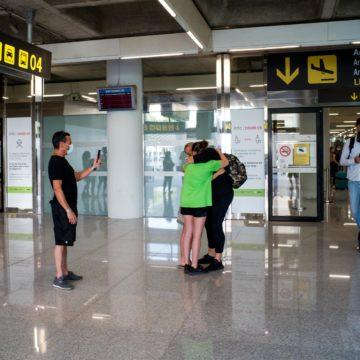 El Gobierno suprime la limitación de acceso a las terminales de los aeropuertos